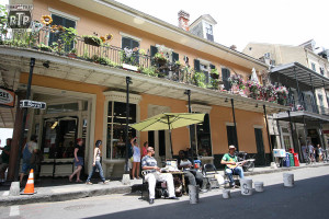 I love the music in NOLA.  These guys were just out jamming.
